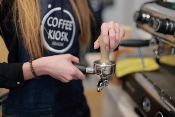 カフェの忙しい時間帯