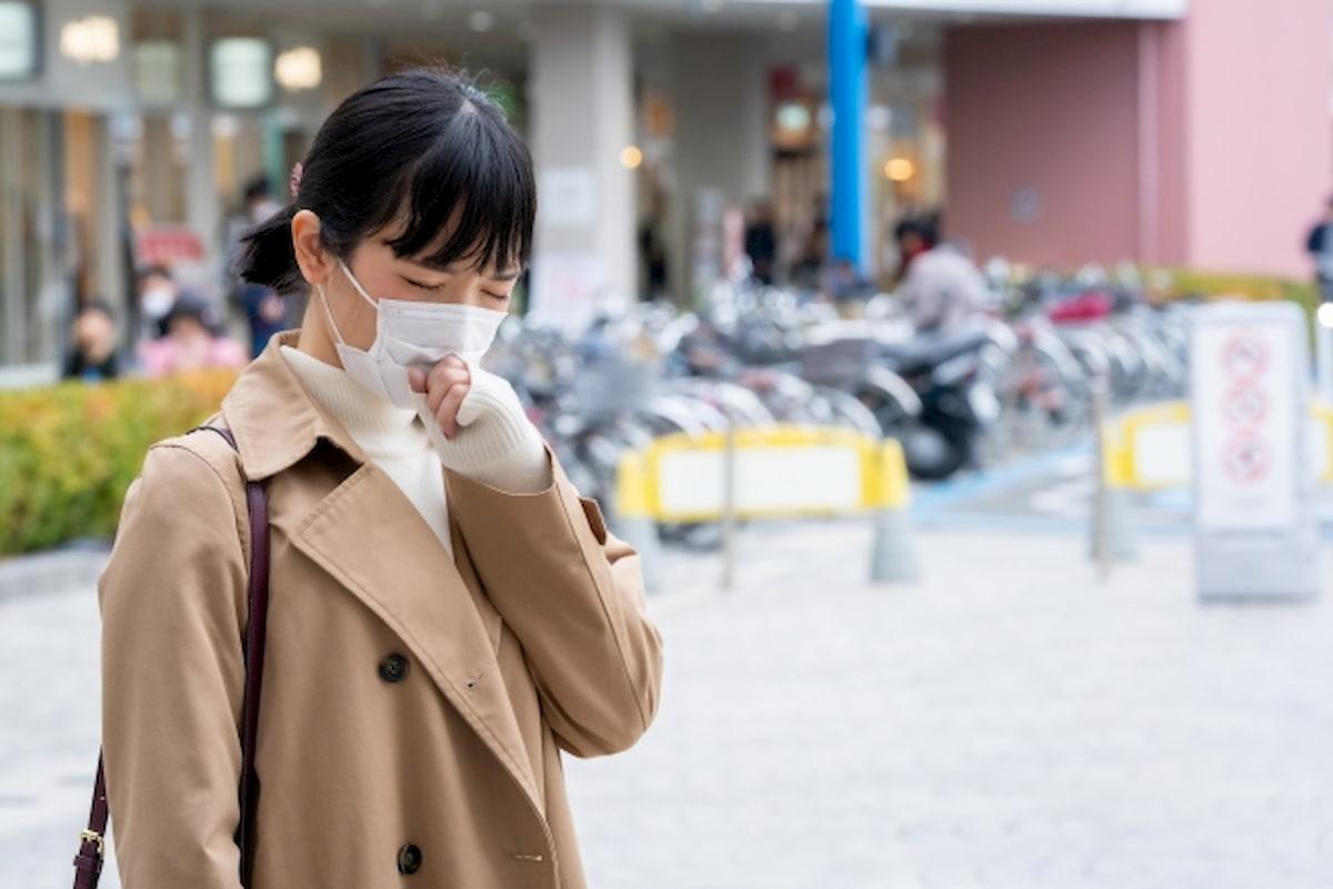 「新型コロナウイルス」が疑われたときバイトはどうする?連絡の仕方と対応
